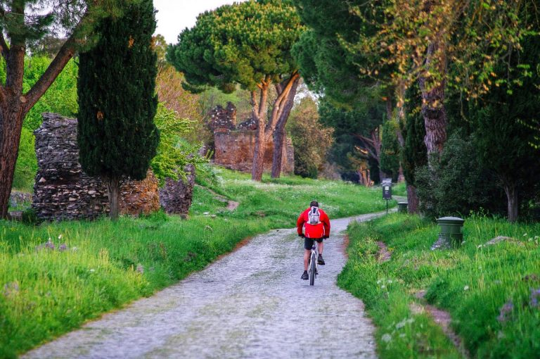 tour by bike - Appian Way in Rome