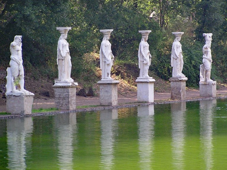 excursion by bike - villa-adriana-tivoli-rome